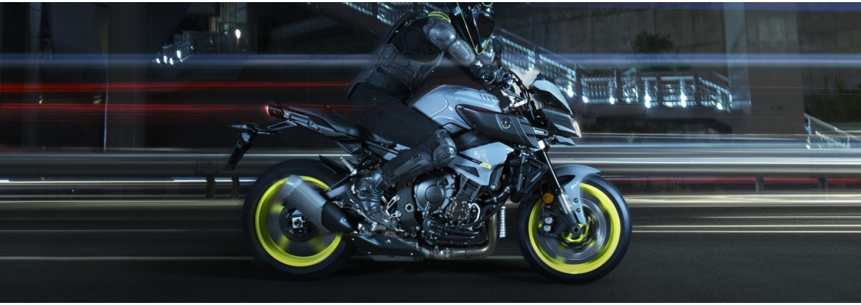 Yamaha MT-10 - Ray of Darkness