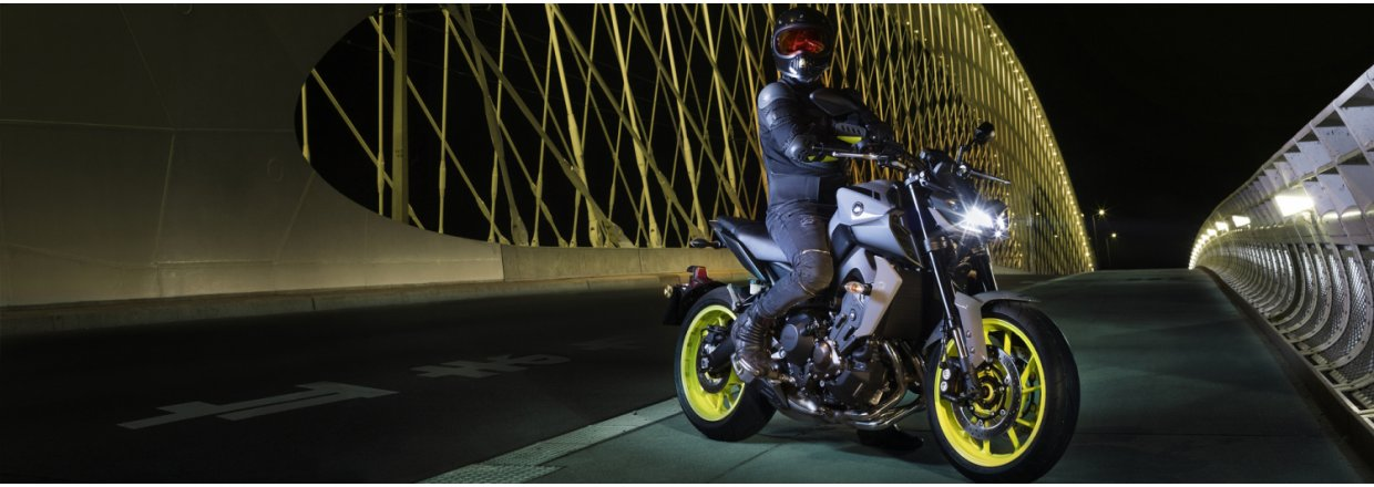 Yamaha MT-09 - Eyes of Darkness